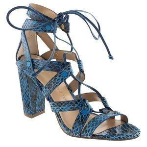 Banana Republic Blue Snake Skin Lace up Heel 7